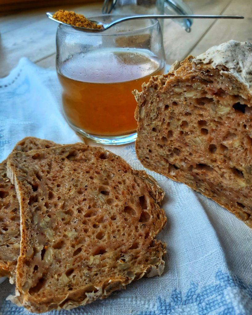 Hagebutten Brot Detail
